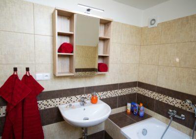 chalupa-zajeci-koupelna-1